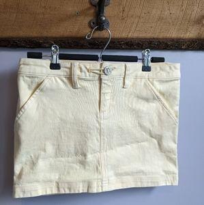 Oakley skirt.  Size 4.